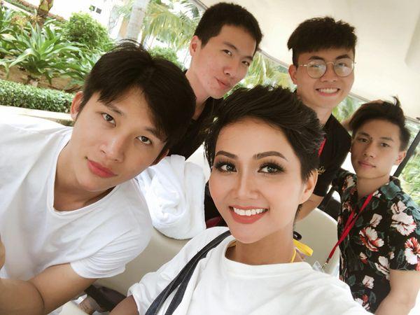 Phòng trọ sinh viên thời nghèo khó của Hoa hậu H'Hen Niê